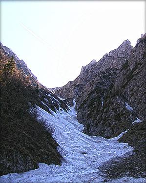 SNOWBOARD SI SKI PE VALEA ALBA DIN MUNTII BUCEGI