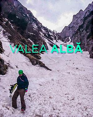 snowboard pe valea alba din bucegi