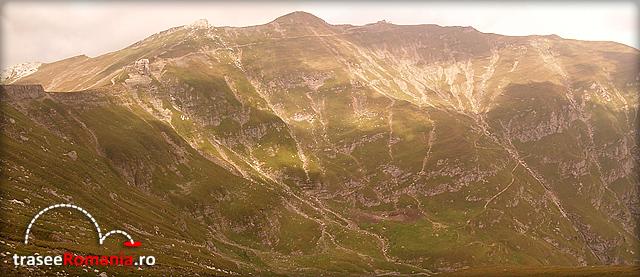 muntii bucegi - caldarea vaii cerbului