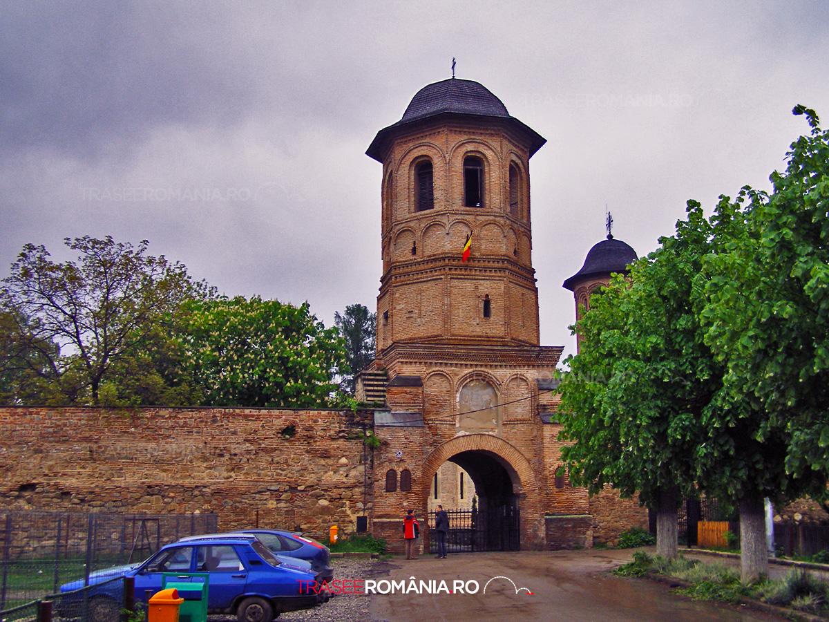 Ansamblul Arhitectural si Manastirea de la Brebu