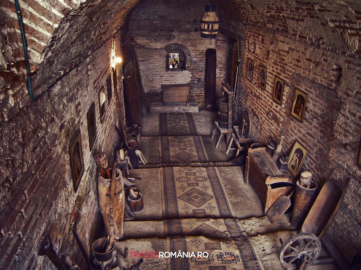 Sfanta Manastire Comana