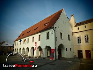 Ateliere mestesugaresti, Muzeul de Etnografie saseasca Emil Sigerus, Galerii de arta populara Sibiu
