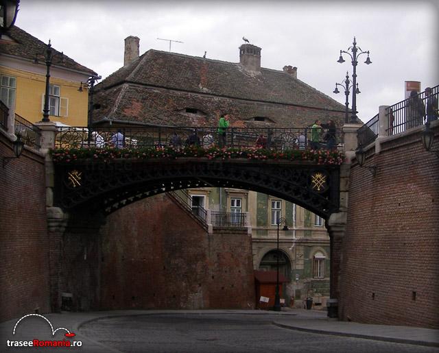 Podul Mincinosilor din Piata Mica Sibiu