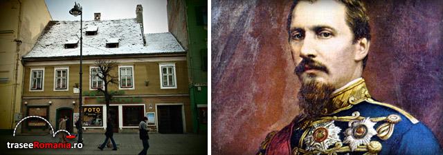 Aici a poposit la 5 martie 1866 primul domnitor al Romaniei Alexandru Ioan Cuza (1820 - 1873) in drumul sau spre exil dupa detronarea sa de catre reactiunea burghezo - mosiereasca.