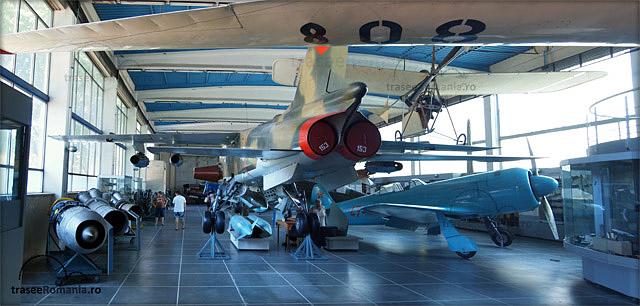 muzeul miliar national bucuresti colectia avioane si aparate de zbor.