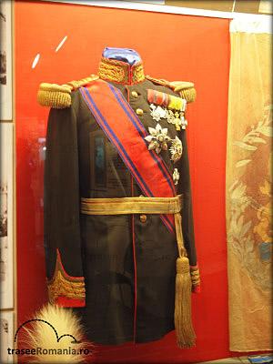muzeul miliar national bucuresti colectia uniforme militare