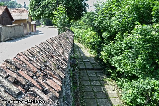 Sighisoara drumul panoramic pe aleea din afara cetatii