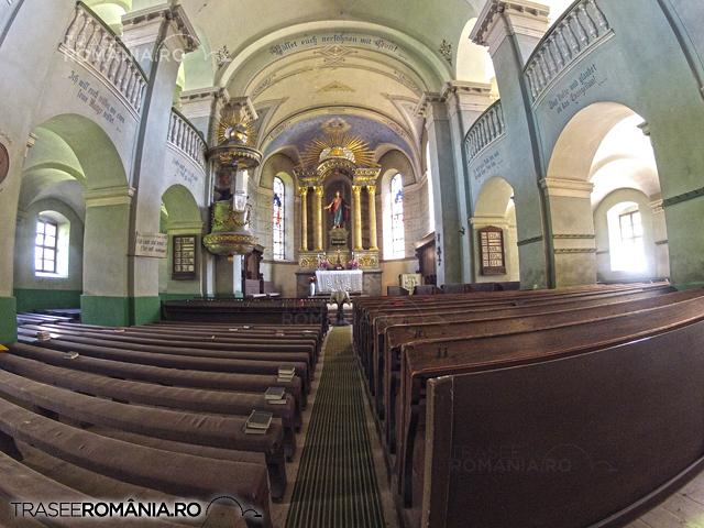 Biserica fortificata de la Cristian