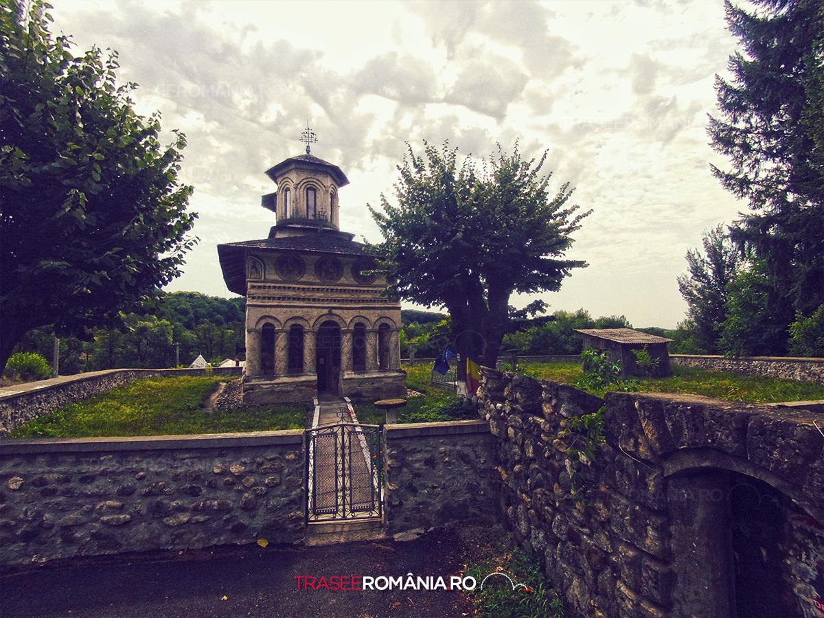 Biserica Sfantul Nicolae din Maldarasti