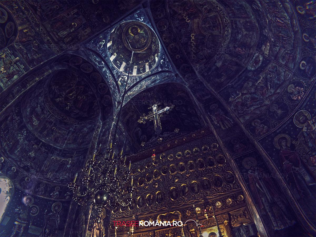 Manastirea de la Cozia