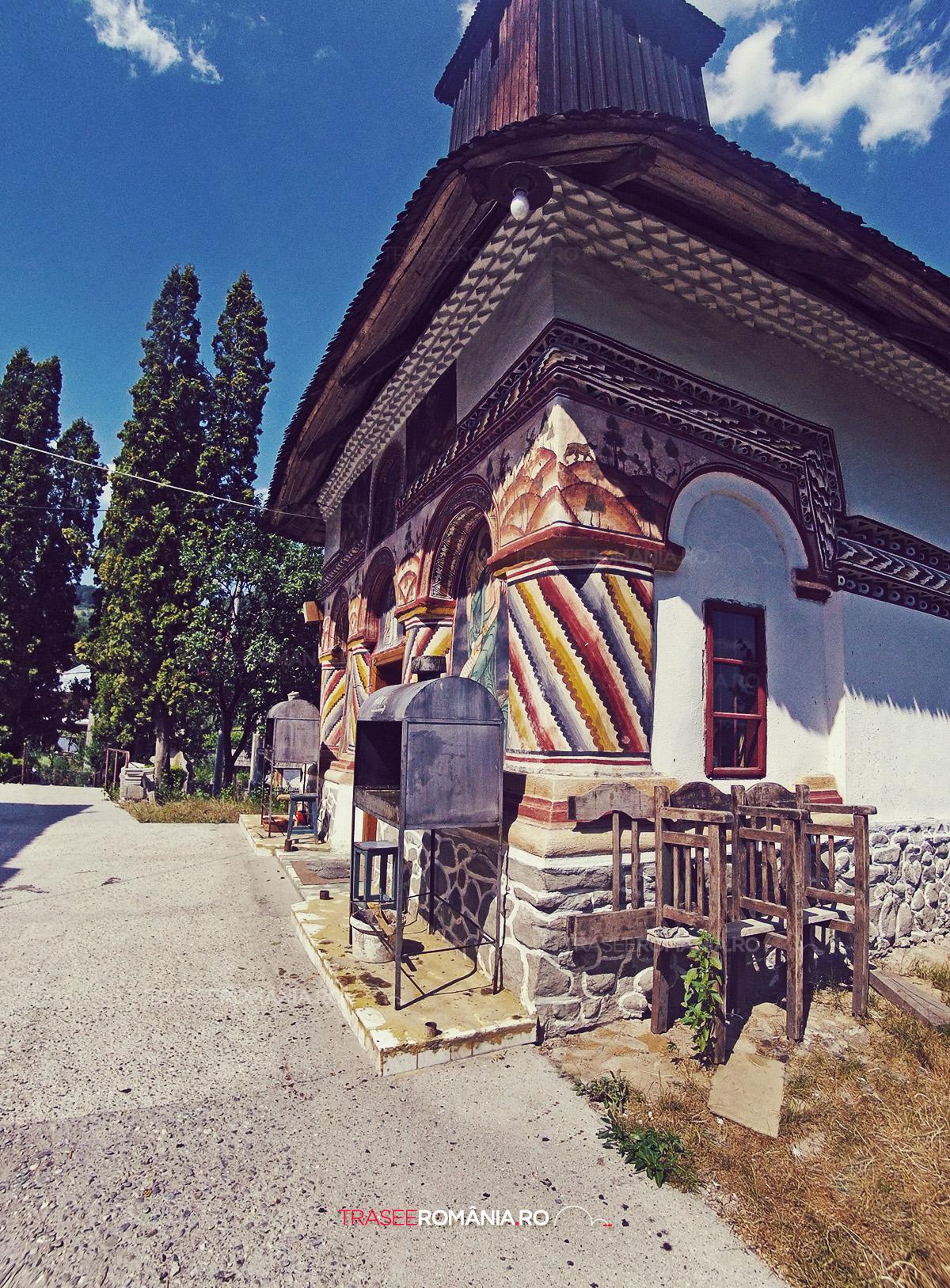 Biserica Sfintii Voievozi din Cheia , Judetul Valcea