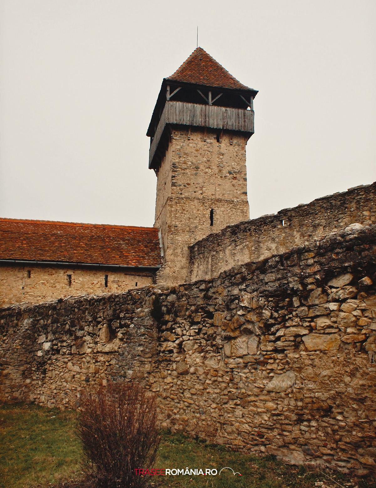 Turnul Cetatii Taranesti din Calnic