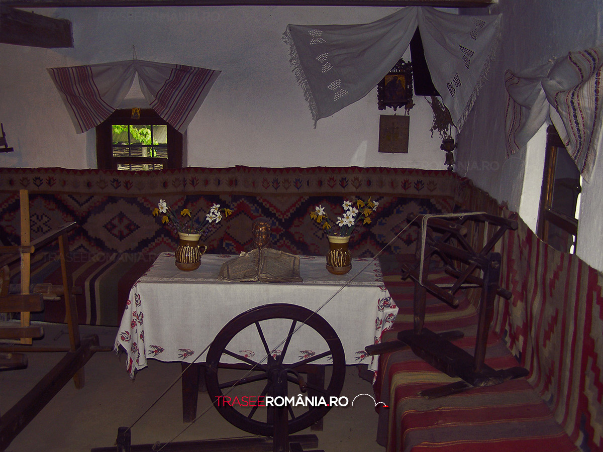 Casa lui Ion Creangă din Humulesti