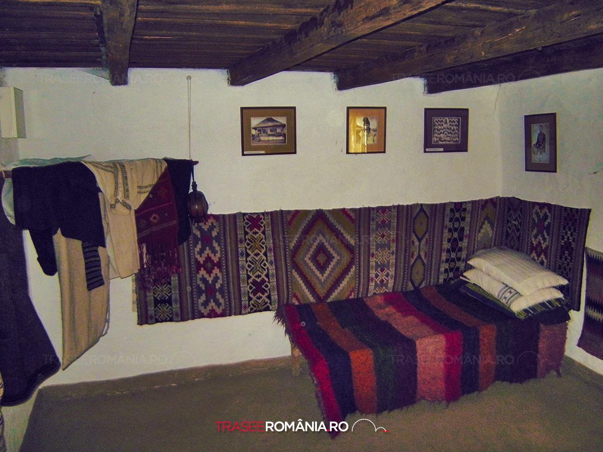 Casa Mos Ion Roata