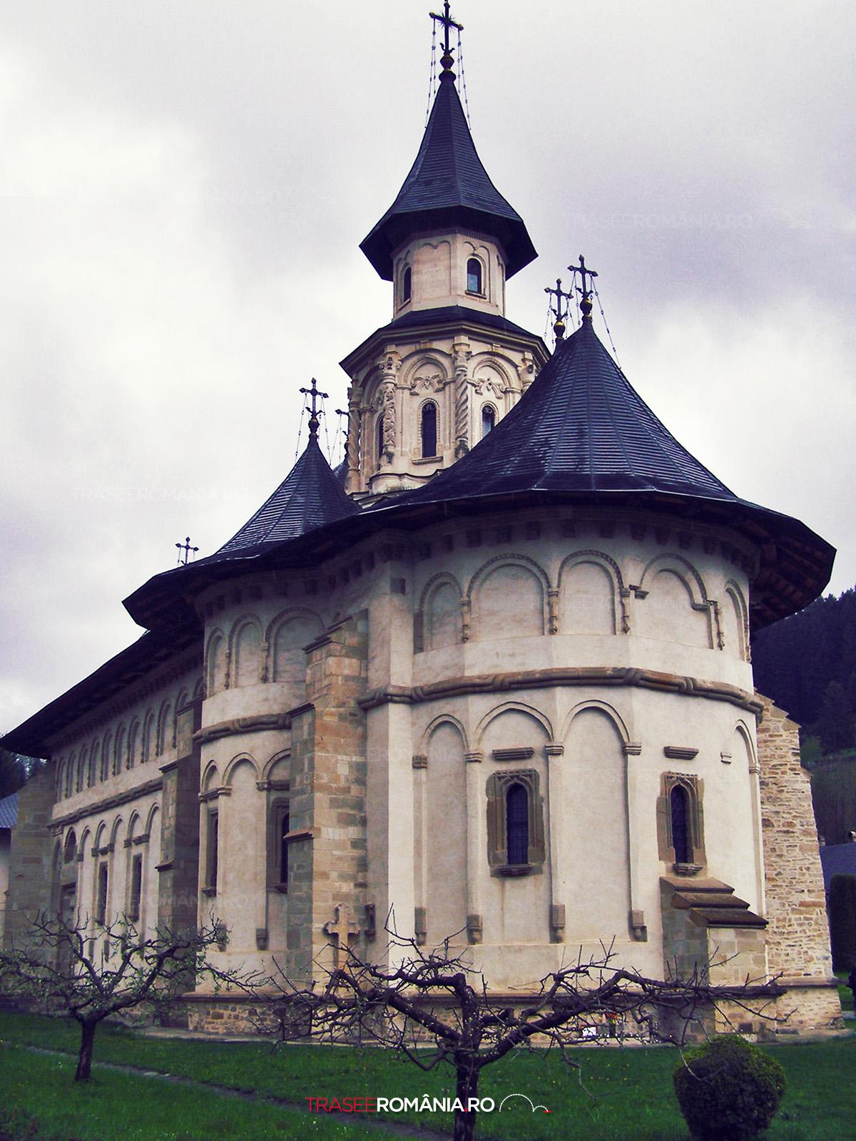 Manastirea Putna supranumită Ierusalimul Neamului Românesc de Mihai Eminescu
