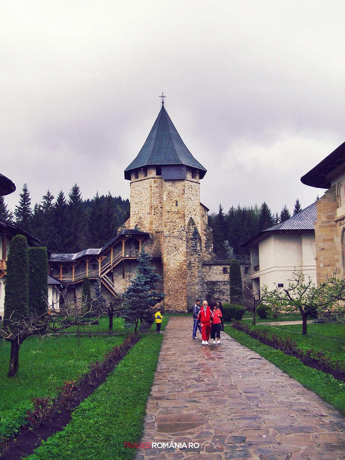 Manastirea Putna - curtea interioara