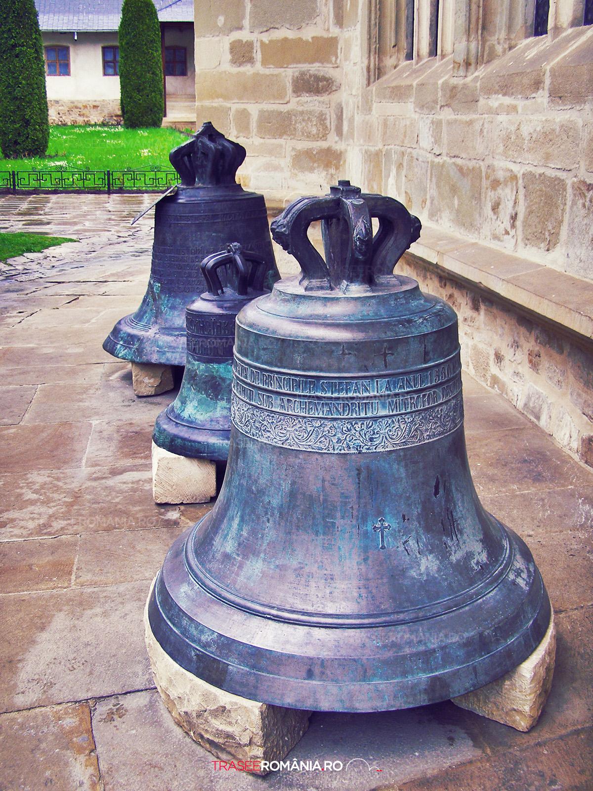 Manastirea Putna - clopotele