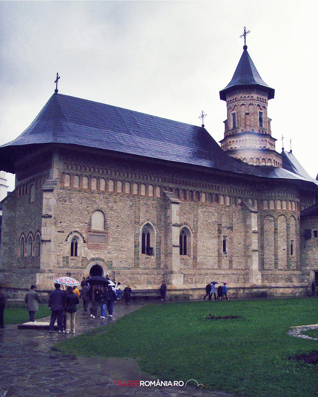 Manastirea Neamt - ctitorita de voievodului Petru I Mușat