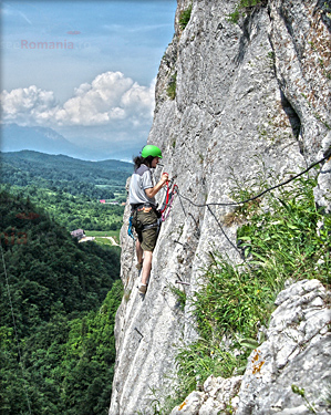 VIA FERRATA IN CHEILE RASONOAVEI